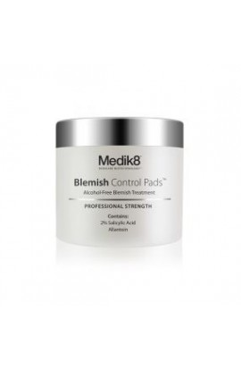 Medik8 Blemish Control Pads – reduction of acne, without the alcohol content 60 soft cotton pads